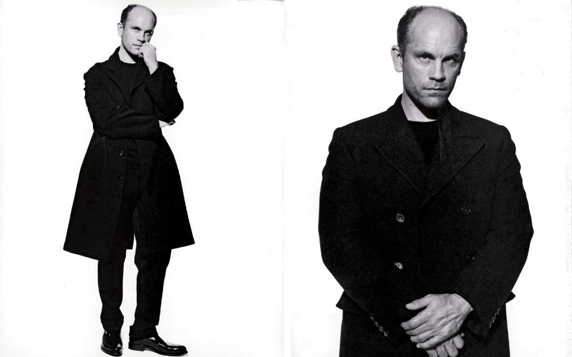 プラダメンズの20年間分のAdキャンペーン100枚。|| 20 Years of Prada Menswear Campaigns | Vogue Paris http://t.co/W1tMbIBhxG http://t.co/h6DEkKJ1Tb