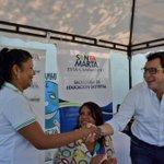 Alcalde @carlosecaicedo realiza #FeriaEscolar en la IED El Pando para entregar tablets, pupitres e instrumentos http://t.co/akIJ977iCM