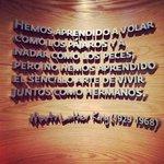 El 28 de agosto de 1963 Martin Luther King pronunció un discurso que sigue vigente 52 años después: I have a dream! http://t.co/pbSqS2RmLz