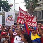 Falcón precente en caracas en apoyo al presidente Nicolás Maduro. #VenezuelaExigeRespeto @jmontillapsuv http://t.co/dnFOpzXG40