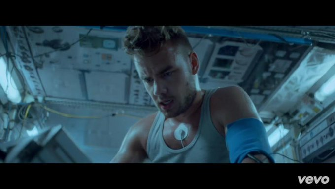 Liam  Happy Birthday  I support you forever!!!!!
