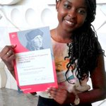 Márcia (18), begon net studie rechten aan Erasmus. Woont 15 jaar in NL, vandaag opgepakt, volgende week naar Angola. http://t.co/lWXH4yrEpM