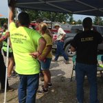 Lots of people gathering to search for missing 62-year-old Oakland City man @14News http://t.co/D07fVUJ4F5