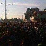 #28Ag En Barinas aplastan y matan a una mujer en jornada de venta de alimentos - http://t.co/I8oojig5e4 http://t.co/5ieCmQLQlV