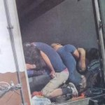 أين شيوخ الدين من هؤلاء؟ أين أنتم؟ أين أصواتكم الآن؟ لماذا اختفت؟???? #سوريا #لاجئين http://t.co/9HGqo1YyIB