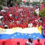 Chavistas realizan marcha patriótica en apoyo a medidas de Maduro. http://t.co/eEsOCf5GKr http://t.co/y1QJk1hYFW