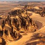 Algerienne et fier @0088Kenza: جبال الهقار #اكتشف_الجزاير #Algerie #الجزائر http://t.co/E7HQIlJ6x1 http://t.co/9rsHZLLLvj
