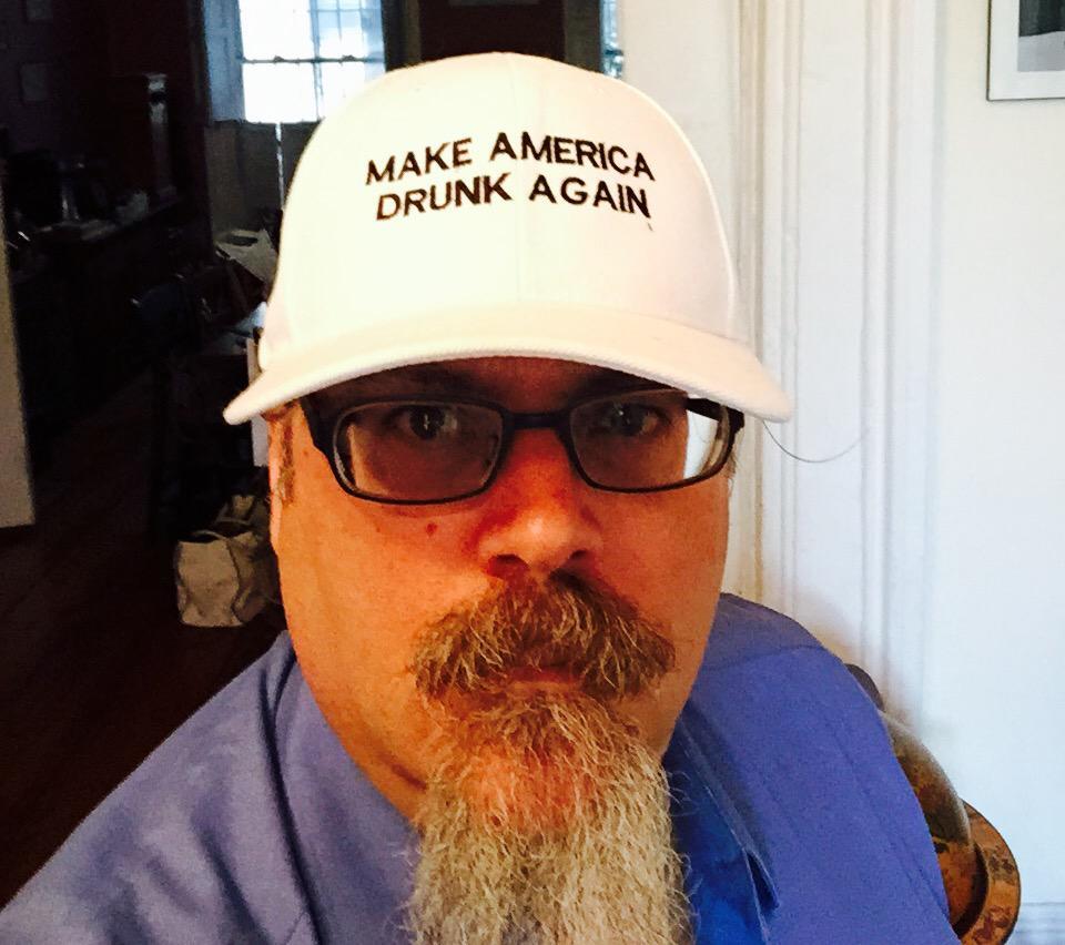 That's it. I gotta get in this race.#DumpTrump #MakeAmericaDrunkAgain http://t.co/UXXtXiLx3v