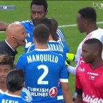 - Eh bien moi je préférais Bielsa ! Alors cest penalty ! #EAGOM http://t.co/xuBigZVuI1