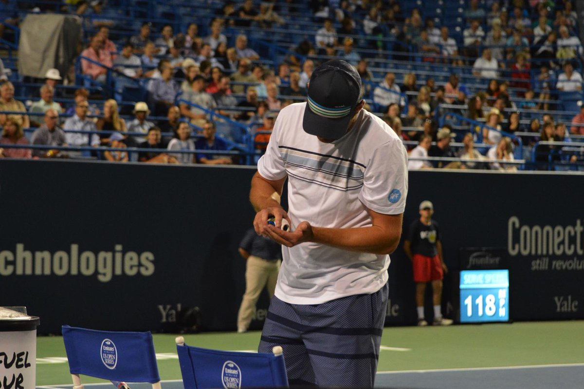 "Andy taking an Advil after the first game. Asked the crowd ""How many is too many?"" #CTOpen15 http://t.co/W4bYzauS32"