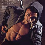 ABS-olutely fab! @TomDaley1994 teases his SEXY 2016 calendar with THIS BTS video! WATCH! http://t.co/WBtJyzdCgw