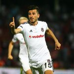Maçın kilidini #OğuzhanÖzyakup açtı... @Ozyakup #GaziantepBeşiktaş #Beşiktaş #football http://t.co/rXG09Q1kDu