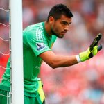 """""""Im not surprised we are doing well with him"""" - Louis van Gaal praises Sergio Romero. http://t.co/lm6UmusvR8 http://t.co/vzv9TOWWQu"""