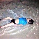 """""""وإن استنصروكم في الدين فعليكم النصر"""" هل نصرناهم؟ ألا فلتبكي على المراجل البواكي #سوريا http://t.co/lECCSAwKWd"""