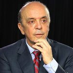 Serra atribui atraso de projeto sobre pré-sal a senadoras mulheres: http://t.co/XVitiDFxAB http://t.co/EpWClDJxSP
