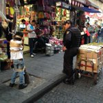 Mira a tus policías @ManceraMiguelMX el abuso infantil les parece gracioso @SinEmbargoMX @irmagallo @AristeguiOnline http://t.co/CcBPAFkAB8