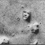 Thanks to @Time I can finally reveal: I am the face on Mars. #ISwearItsAComedyShow #LSSC http://t.co/EX3nHS4NyH