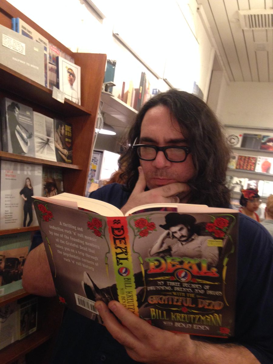 A quick reading break for @dumpland during @TheRealYLT 's record release party at Other Music... http://t.co/GBSROjTduP