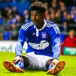 Happy Birthday to Town winger Ainsley Maitland-Niles, who turns 18 today! Hope you have a good one bud! #itfc #afc http://t.co/2CeVi4Dak8
