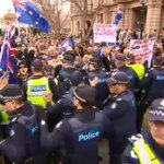 Violent scenes in Bendigo with opposing rallies over plans to build a mosque. #9News http://t.co/YMEfKMg4Lk