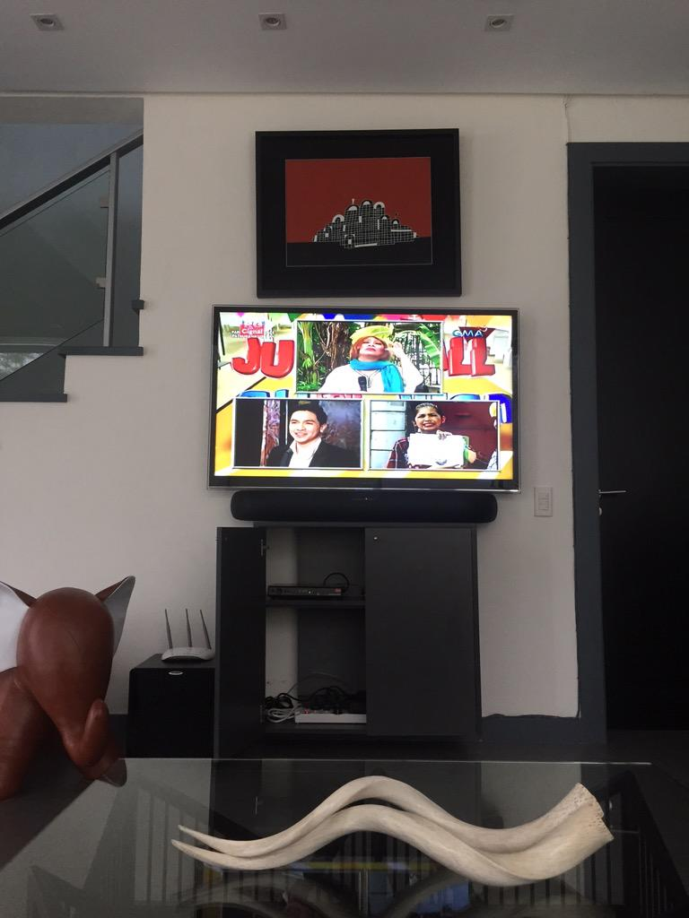 Now I know what this phenomenon is all about! Watching #ALDUBMaiDenHeaven http://t.co/Zrl3ss4pxk