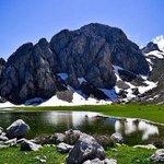 #اكتشف_الجزائر #الجزائر بحيرة اغولميم من اعالي جبال تيكجدة ولاية #البويرة #الجزائر #Algerie #Algeria http://t.co/PpC3fE6Y90