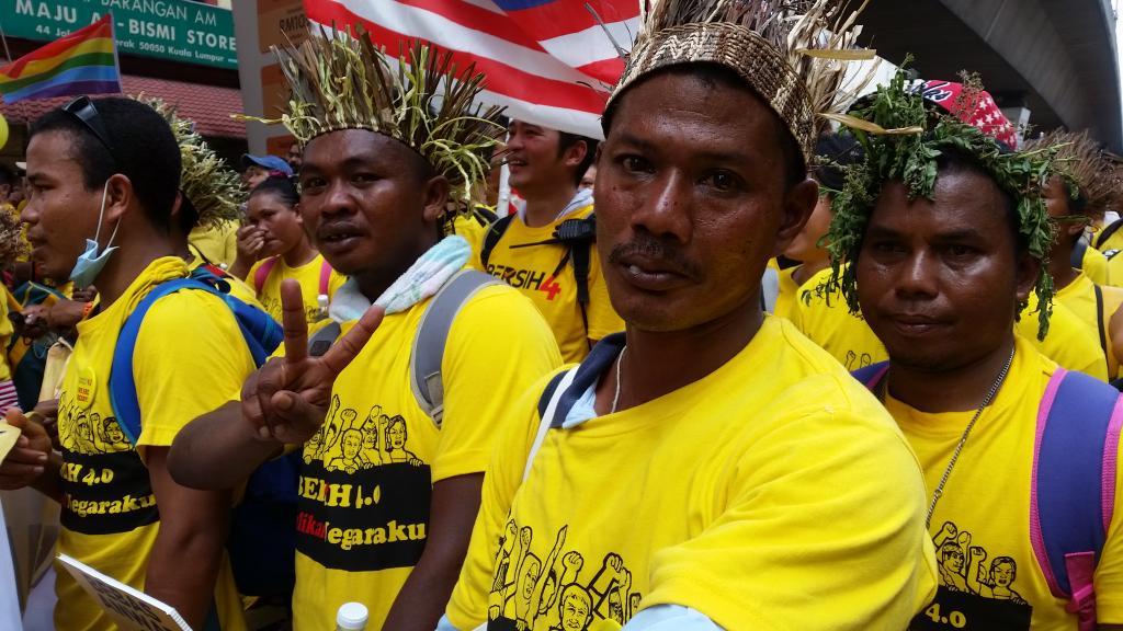 80 Orang Asli have come all the way trom Gua Musang, Kelantan. Syabas, folks! http://t.co/UbgWDK28wB