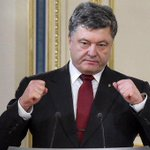Порошенко рассказал, сколько украинцев выступают за децентрализацию http://t.co/ahtOKe815D http://t.co/BrSIRGyi8r