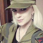 Участница «Дома-2» сражается в ополчении Донбасса http://t.co/reSvnjvU5K http://t.co/RVoaIHCIPX