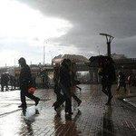 Прохладная, пасмурная погода с дождем ожидается в Москве 1 сентября http://t.co/tEews7eZCX http://t.co/GufzORMU6l