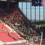 800 Fans aus Hannover sind mit, hoffen auf den ersten Sieg. Auf gehts! #h96 #FSVH96 http://t.co/11IhsVzTX9