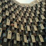서울에 이런 곳이 있다니. 시각적 충격@@ 송파구 모처의 오피스텔 건물. http://t.co/R3Bfhez0dm