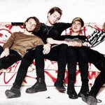 Their legs are so confusing #ShesKindaHotVMA http://t.co/SwguyMJlLc