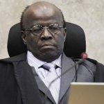 'TCU é playground de políticos fracassados', diz Joaquim Barbosa. http://t.co/Luk1lfC9dX http://t.co/uvdbbXTbSz
