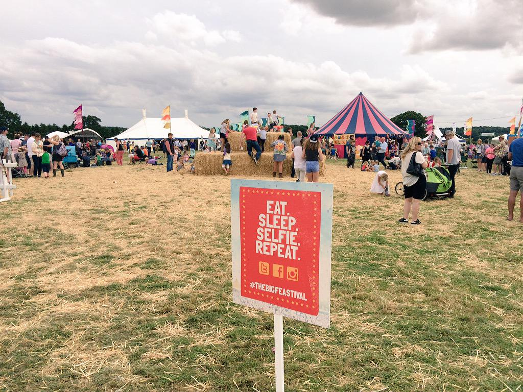 RT @thebigfeastival: Thought of the day... Eat. Sleep. Selfie. Repeat.#thebigfeastival #BankHolidayWeekend http://t.co/XsFJu0pImb