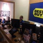 Having fun at Best Buy Dublin SAS store. Ready for some sales!@klchadd21 @BDSprintOhMi http://t.co/XqEsHxxkpD
