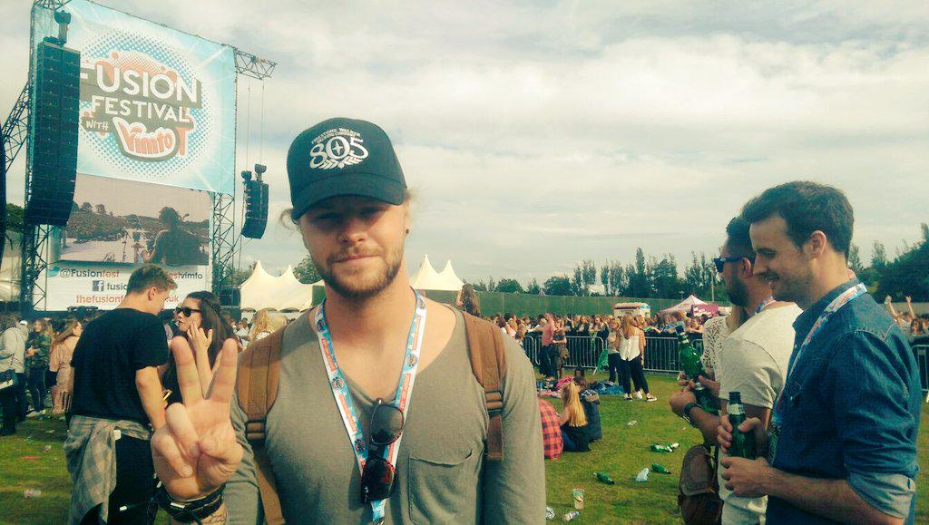 Look who's joined us at #FusionFestVimto today... The awesome @JayMcGuiness from @thewanted. Woop woop! http://t.co/6oSBzbjCvG