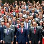 El día de ayer en reunión con el Presidente @EPN y mis compañeros @DiputadosPRI http://t.co/F07LPt8IsB