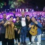 Terima kasih tak terhingga utk seluruh narasumber dan utk Univ Negeri Semarang. We love you 😍 #MataNajwaOnStageUnnes http://t.co/3l7KVjJk7p