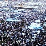 اجمل شيء في مظاهرة اليوم ..آلاف المتظاهرين وعلم واحد ...العلم اللبناني #طلعت_ريحتكم http://t.co/dsBgRjZXXv