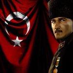 30 Ağustos zafer bayramımız kutlu olsun Atatürke silah arkadaşlarına ve tüm şehitlerimize borçluyuz, minnettarız! http://t.co/otMghtlMzQ