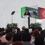 Durante su mensaje @JHerreraCaldera reconoce el trabajo de @Pepe_Campillo como alcalde de #GómezPalacio http://t.co/B2IOOb5OLe