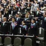 #AlMomento Toma de protesta de la Bancada del Partido Nueva Alianza en Cámara de @Mx_Diputados http://t.co/KFKyoV1mEs