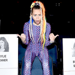 Heres how to watch all the #VMAs red carpet action tomorrow night: http://t.co/3uXFG525TU http://t.co/j9DL4w1iWF