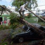 @EdesurRD dice que solo quedan 12 circuitos fuera de servicios por paso de tormenta Érika http://t.co/hZLfB6gvSm http://t.co/POaaoINSxR