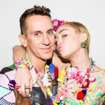 These two are gonna be all up in the #VMAs and we are notttt mad at that: http://t.co/RdXwZpxc9A http://t.co/mILyT6lDLk
