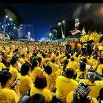 @NajibRazak kata rakyat Msia lain yg tidak turun #BERSIH4 sokong dia. Kah3. Sila RT jika anda tidak sokong Najib http://t.co/KrYycGofTp