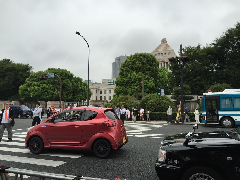 【速報】SEALDsの安保法案反対 国会前10万人デモの様子を御覧ください