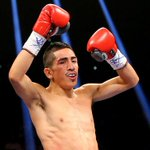 In a battle for LA, Leo Santa Cruz defeated Abner Mares by majority decision to remain unbeaten. #PBConESPN http://t.co/4h6oIeIzpc