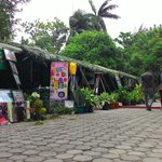 Sejumlah stand dari beberapa Divisi TNI AD Kodam IM meramaikan #PameranKodamIM http://t.co/06aRqn0ZvE